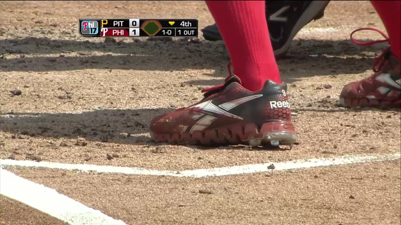 Hunter_Pence_Spray_Painted_cleats