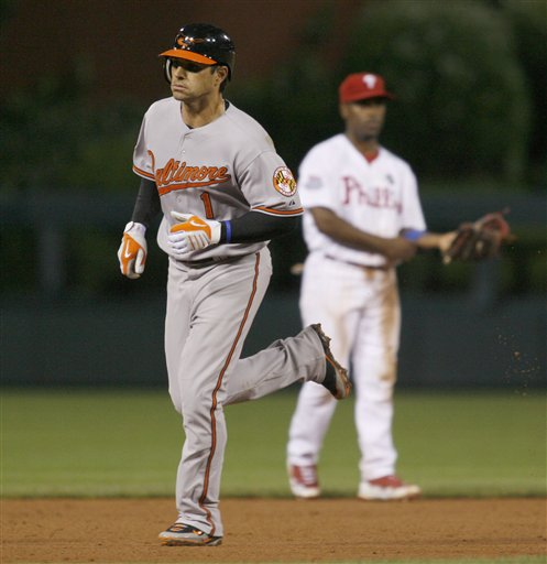 Roberts Blasts Orioles Past Phils in Ninth 4 (June 20)