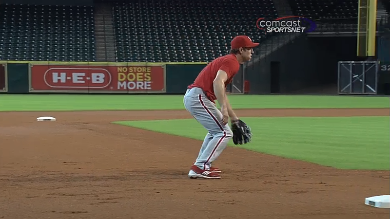 Chase_utley_third_base2